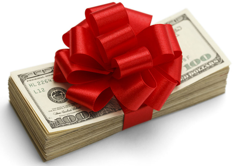Planning on Giving Money this Holiday Season? 5 Things to Consider